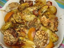 cuisiner poulet au four poulet au four au citron et à l ail recette ptitchef