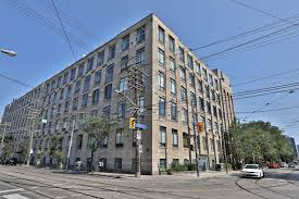 100 The Candy Factory Lofts Toronto Large Loft Sells In A Day Globe And Mail