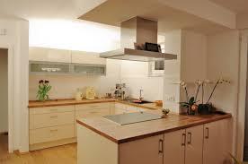 offene wellmann küche mit halbinsel küchenplanung einer