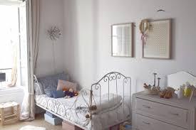 hello chambre la déco délicate et poétique de la chambre de domitille