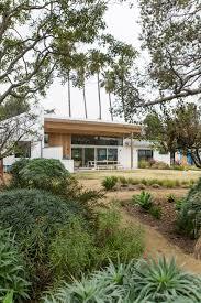 100 Barbara Bestor Architecture Creates Malibu Beach Home For Beastie