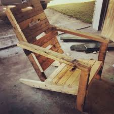 Repurposed Wooden Pallet Made Into Chair