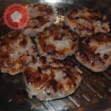 comment cuisiner des crepinettes crépinettes de porc aux petits pois et lardons