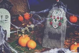 Diy Halloween Tombstones Cardboard by How To Make Cardboard Tombstones