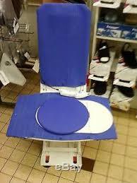 siege handicapé siège levant de baignoire électrique pour handicapé ou personne âgée
