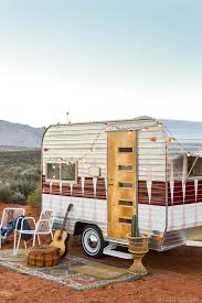 104 Restored Travel Trailers Now This Is How You Restore A Vintage Camper Wow