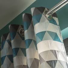 rideau tamisant triangles bleu pétrole l 140 x h 260 cm leroy