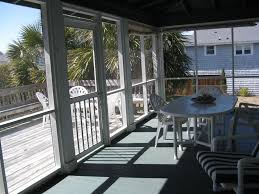 Crab Pot Christmas Trees Wilmington Nc by Richards Cottage Ocean Views Steps From B Vrbo