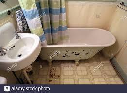 retro badezimmer stockfotos und bilder kaufen alamy
