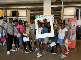 Holiday Decorators Warehouse Plano by Travis Snider Visits With Teens Boys U0026 Girls Clubs Of