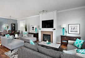 wohnzimmer türkis grau wohnideen nuancen braun kamin