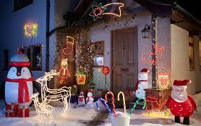 6ft Pre Lit Christmas Tree Bq by Hang Outside Christmas Lights Christmas Lights Decoration