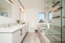 stimmungsvolles licht im badezimmer exklusiv immobilien in
