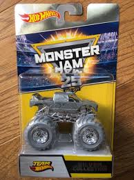2017 Hot Wheels Monster Jam 25th Anniversary Silver Collection Set ... At The Freestyle Truck Toy Monster Jam Trucks For Sale Compilation Axial 110 Smt10 Grave Digger 4wd Rtr Accsories Bestwtrucksnet Jumps Toys Youtube Learn With Hot Wheels Rev Tredz Assorted R Us Australia Amazoncom Crushstation Lobster Truck Monster Jam Diecast Custom Built Hot Wheels Cody Energy 164 Toysrus Truck Mini Monster Jam Toys The Toy Museum Wheels Play Dirt Rally Good Group Blue Eu Xinlehong Toys 9115 24ghz 2wd 112 40kmh Electric