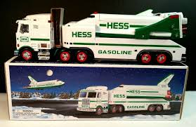 Hess 1999 Toy Truck And Space Shuttle With Satellite - N127