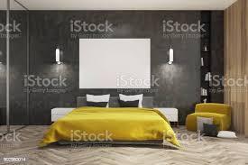 schwarz und aus holz schlafzimmer gelbe bett poster stockfoto und mehr bilder boden