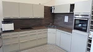 störmer küchen musterküche l küche mit tisch