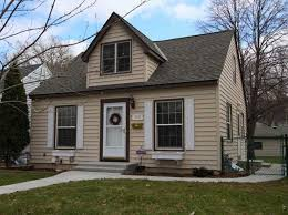 Simple Cape Code Style Homes Ideas Photo by Small Cape Cod Home Style With Brown Wall Paint Color Ideas Home