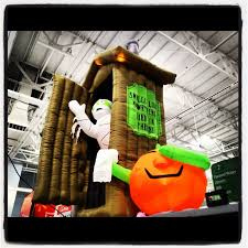 Walmart Halloween Inflatables 2012 by The Worst Possible Idea The Halloween Grinch Aka A Very Monkey