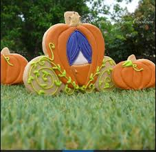 Gold Pumpkin Carriage Centerpiece by Cinderella U0027s Pumpkin Carriage Coach Since I Can U0027t Find A Picutre