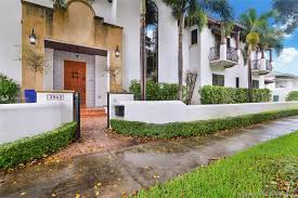 100 Modern Miami Homes For Sale Between 1 2 Million Dollars