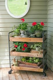 Best 25 Farmhouse Outdoor Decor Ideas On Pinterest
