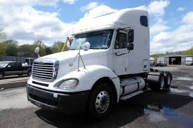 2006 Freightliner CL120 Tandem Axle Sleeper Cab Tractor For Sale By ...