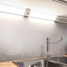 osram 18 w led unterbauleuchte 80 cm warmweiß gratis bluetooth lautsprecher