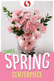 This Simple Spring Centerpiece Will Automatically Elevate Your Easter Esthetic