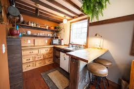Kitchen Cabinets for Tiny Houses 13 Alternative Designs