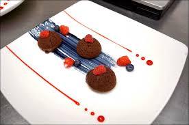 dressage des assiettes en cuisine voilà des couleurs savoureuses et patriotiques visions gourmandes