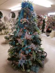 Christmas Tree Preservative Recipe Sugar by Want The Perfect Christmas Tree We Asked An Expert For Help