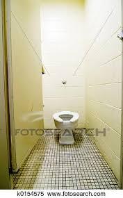 dreckig alt toilette stock fotografie k0154575 fotosearch