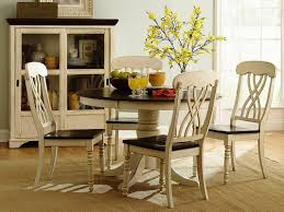 Round Kitchen Table Decorating Ideas by Blue White Dining Room Decoration Using Round Pedestal White Wood