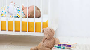 rates of sudden infant death syndrome go down to lowest on record