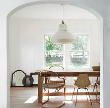 Picture Perfect Proof That You Should Mix And Match Your Dining ... Minimal Ding Rooms That Offer An Invigorating New Look New York Herman Miller Eames Chair Ding Room Modern With Ceiling Eatin Kitchen With Rustic Round Table Midcentury Chairs Hgtv Senarai Harga Ff 100cm Viera Solid Wood 4 Shop Vecelo Home Chair Sets Legs Set Of Eames Youtube Biefeld Besuchen Sie Pro Office Vor Ort Room Progress Antique Meets Stevie Storck Modern Fniture Uk Canada For Style By Stang 5pcs Tempered Glass Top And Pvc Leather Saarinen Design Within Reach Buy Midcentury Online At