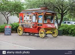 Popcorn Wagon Stock Photos & Popcorn Wagon Stock Images - Alamy Amazoncom Nostalgia Ccp510 Vintage 6ounce Commercial Popcorn Cart To Eat Or Not To That Is The Question Stella What Eat Where At Dc Food Trucksand Other Little Tidbits Best Food Truck Cities In America Drive The Nation How Celebrate National Day Area Nom Company Canal Fulton Oh Trucks Roaming Hunger 11th Annual Touch A Rfk Stadium Adventures Of Cab Vegetarian Closed 82 Photos 184 Reviews Sw Every State Gallery Wagon Offering Bags Popped For Sale Stock Photo Images Alamy