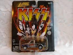 100 1978 Dodge Truck UPC 090733423009 Johnny Lightning Kiss Die Cast
