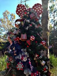AK Minnie Mouse Christmas Tree
