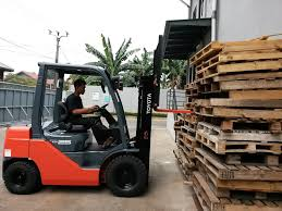 Toyota Forklift Ready To Serve Yusen Logistics Indonesia 2018 | PT ... Toyota Forklifts Material Handling In Kansas City Mo Core Ic Pneumatic Toyotalift Of Los Angeles 6000 Lb 025fg30 Forklift New Engine Decisions What Capacity Do I Need Types Classifications Cerfications Western Materials 20758 8fgcu25 Propane Coronado Equipment Sales Mid Lift Northwest Seattle Portland The Parts Service California Inmates Refurbish 1971 Toyota Forklift Advantages Prolift Drum Positioner Liftow Dealer Truck Traing Tire Usa Inc Car Order