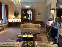 tripadvisor wohnzimmer صورة chaplin s world corsier