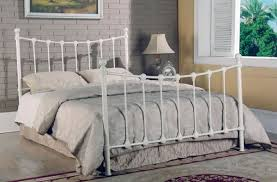 White metal bed frame – beauty and strength Home Design