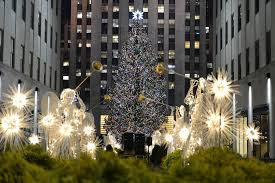 Rockefeller Center Christmas Tree Lighting 2014 Live by Rockefeller Christmas Tree Through The Years See Photos Am New York