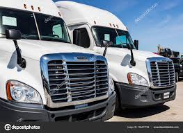 100 Used Freightliner Trucks Indianapolis Circa June 2017 Semi Tractor