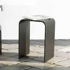badehocker mit modernem design in italien hergestellt siracusa