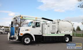 100 Sewer Truck 2001 Sterling L7500 VacCon V350SHA Combination Cleaner For