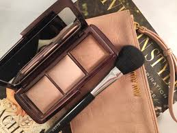 REVIEW Hourglass Ambient Lighting Palette Bella to BellaBella