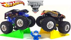 UNBOXING HOT WHEELS MONSTER JAM WITH MAX-D PROWLER SON-UVA DIGGER ... Monster Jam 164 Scale Die Cast Truck Offroad Series Prowler Brackify Hot Wheels Rev Tredz Prowler 143 Vehicle Truck Photo Album The Amazing Youtube Monster Jam Drives Through Mohegan Sun Arena In Wilkesbarre Feb 19 Evansville In April 2829 2017 Ford Center 1 43 Ebay Rock Springs Wyoming 2013 Megapromotions Tour Live Motsports Grave Diggermohawk Wriorshark Shock