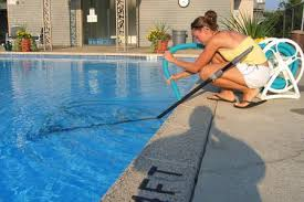 DIY Swimming Pool And Spa Cleaning Maintenance