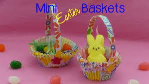 DIY Mini Easter Baskets